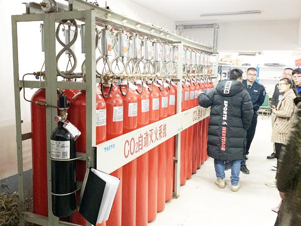 二氧化碳气瓶检测周期